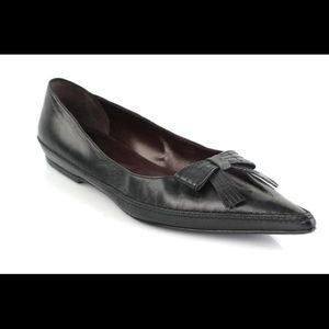 CHANEL fringe bow pointed toe loafers/flats